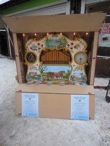 Barrel organ as part of Christmas fundraising