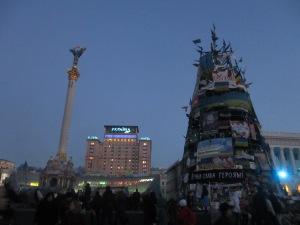 Christmas tree, column, and the Hotel Ukraine
