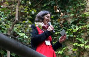 Sandy speaking at InnovateELT Barcelona