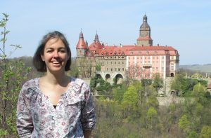 Sandy in front of Ksiaz Castle